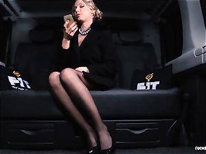 porked IN TRAFFIC - marvelous Russian girl hot car boink