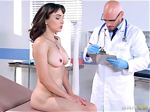Cytherea is left splashing as she visits the doc
