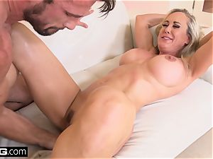 squirting Brandi love luvs having a boner in her twat