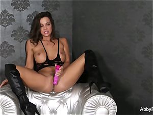 Abigail Mac plunges a pinkish fucktoy in her coochie til she cums