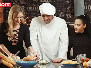 LETSDOEIT - romp Cooking With honeys Apolonia and Angel