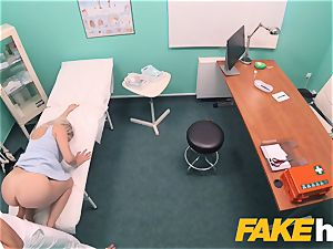 fake polyclinic swift poking gives blonde yam-sized cupcakes british