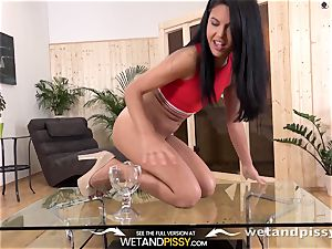 Wetandpissy - Spanish hotty frosted in piss
