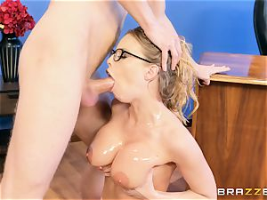 Digging it deep into the caboose of Britney Amber