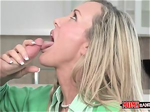 Mature stunner Brandi love with gigantic globes trains youthful sista and bro