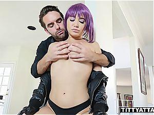 Major is a slut that likes deep weenie diving