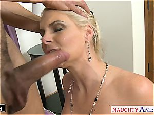 elegant Phoenix Marie takes trunk in her hairless hole