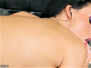 buxom cool Aletta Ocean sates herself with an outstanding fingerfuck