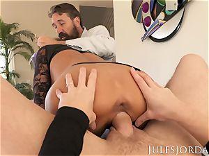 Jules Jordan - Adriana Chechik double assfuck creampie!