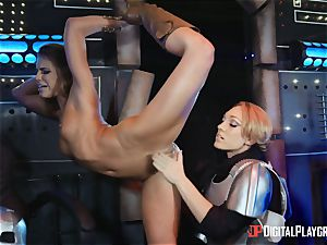 twat luving lesbians Adriana Chechik and Lily Labeau spray on board