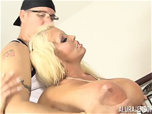 Lusty towheaded cutie Alura Jenson vagina thrashed by the gardener