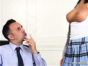 weenie choking August Ames gets a facial