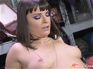 Dana DeArmond gets her fabulous taut twat munched and toyed with