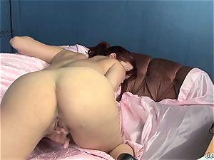 voluptuous Jayden Cole likes teasing her fleshy raw love button