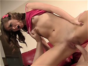 Riley Reid Has Her very tight gash