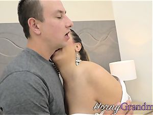 flat chested gilf blows